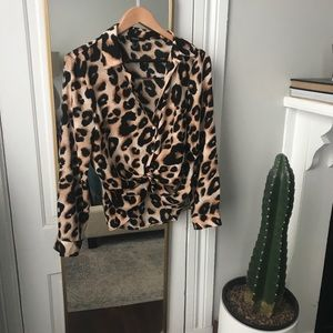 Leopard Button Down M